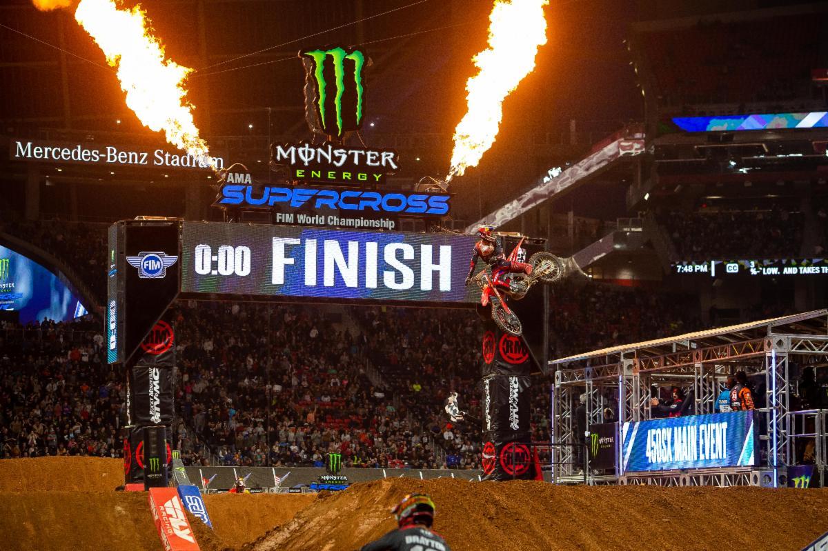 Ken Roczen wins Atlanta
