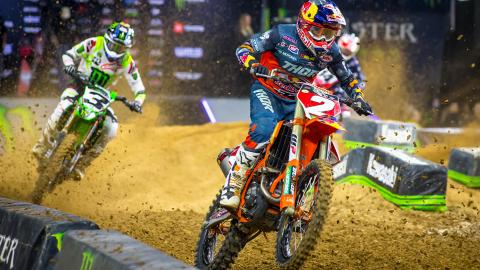 Cooper Webb leads Eli Tomac by 23 points