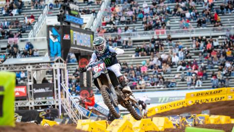 Showdown Mash-Up Supercross Race Where Anything Can Happen